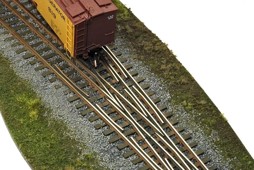 Ho train fast track julie